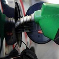 En pahalı benzin Türkiye'de satılıyor