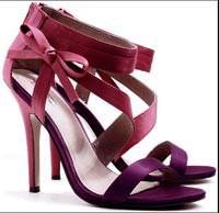 Kadınlar için sınırsız alternatifli ayakkabılar