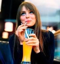 Portakal suyu böbrek taşı riskini düşürüyor!