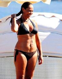 Hulya avsar bikini