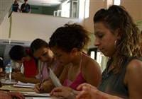 Üniversite öğrencilerine burs veren kurumlar