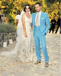 Hande Ataizi Benjamin Harvey d���n Hande Ataizi evlendi