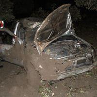 Akhisar'da trafik kazas�: 2 �l�, 1 yaral�