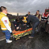 U�ak'ta trafik kazas�: 33 yaral�