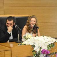 Bar�� Atay evlilik Beste Sultan Kasapo�ullar�