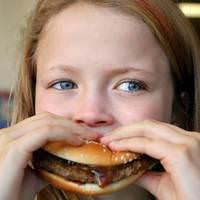 Çocukları hazır gıdadan uzak tutun