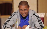 Roberto Carlos&#39;un imzas an meselesi