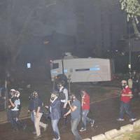 Taksim Meydan� Gezi Park� haber biber gaz�