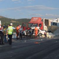 K�tahya'da trafik kazas�: 5 �l�, 1 yaral�