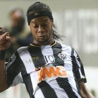 Ronaldinhonun menajerinden Beşiktaş açıklaması