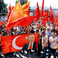 'Dik dur e�ilme Balkanlar seninle'