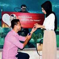 Akvaryumda evlenme teklifi