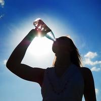 Günde 1.5 litre su iç 2.5 kilo ver