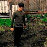 Bahçede Kızılderili iskeleti buldu