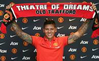 Rojo resmen Manchester United'da