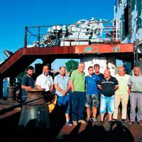 Türk gemicilere yardım ulaştırıldı