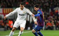 Messi ve Ronaldo'yu istiyor