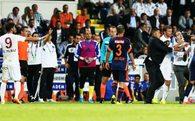 Trabzonspor maçında hakeme saldırı girişimi