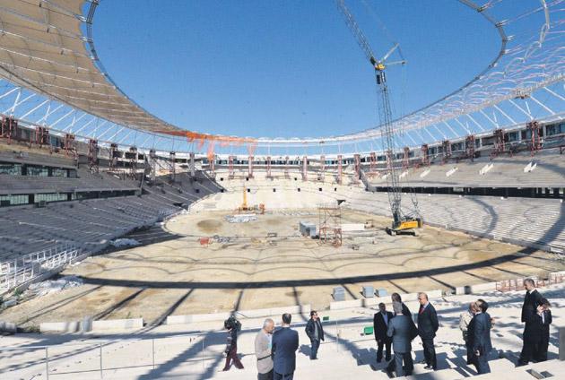 Timsah Arena'da son viraja giri