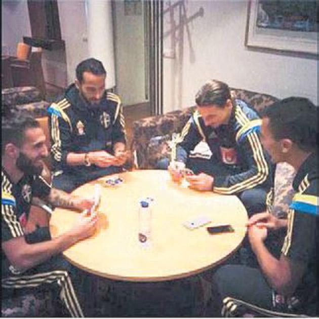 Erkan Zengin ile Zlatan pokerde!
