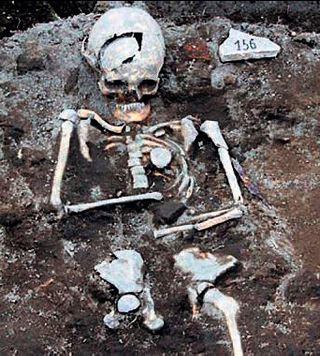 Bulgar 'Indiana Jones' vampir mezarı buldu