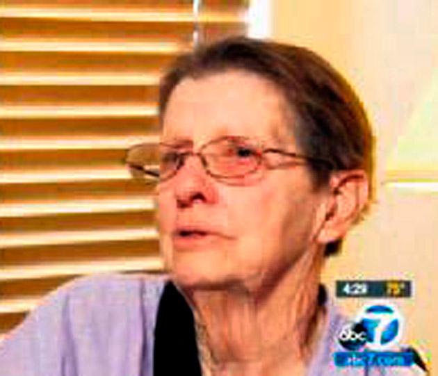 Parkinsonlu kadını köpekleri kurtardı