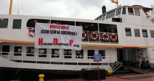 HDP üyeleri Kadıköy vapurunu işgal etti