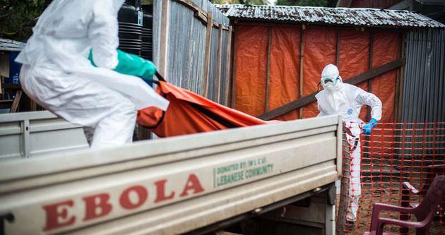 Ebola sınırları aşıyor
