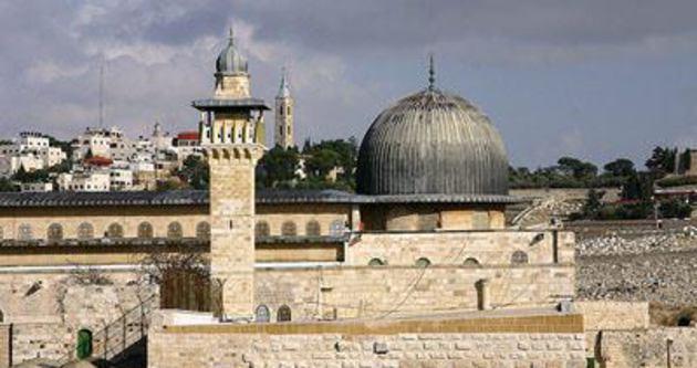 İsrail Mescid-i Aksa'da ne yapmaya çalışıyor