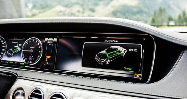 Mercedes'ten hibrid atağı