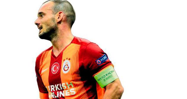 Wesley Sneijder muradına erdi