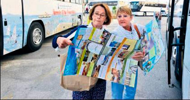 Turist kafilesi İzmir'i çok sevdi