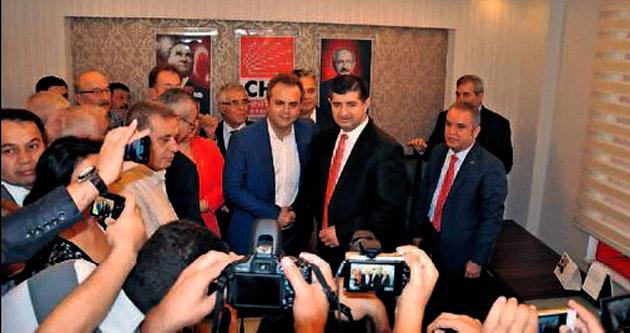 Antalya CHP'de devir teslim