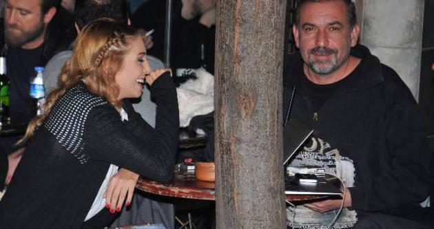 Aşk iddiasına Duygu Çetinkaya'dan cevap