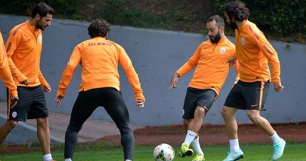 Galatasaray derbi taktiğini çalıştı