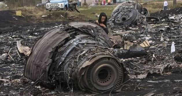 Ukrayna'da düşen yolcu uçağında 6 kimlik daha belirlendi