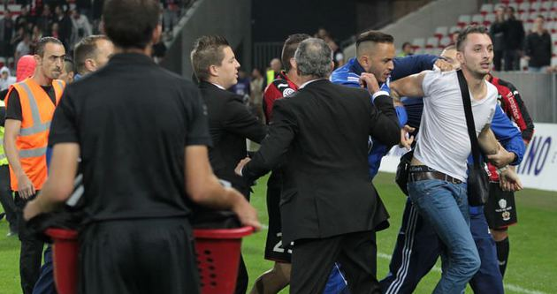 Nice-Bastia maçında olay!