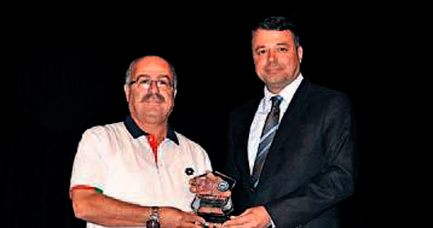 Başkan Turgut'a ödül