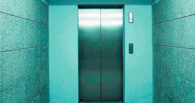 'Riskli asansörler için süre uzatılmalı'