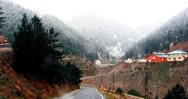 Kar erken bastırdı