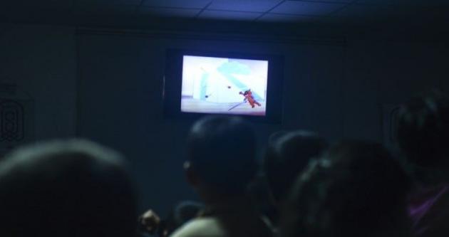 Savaştan kaçan çocuklar için sinema