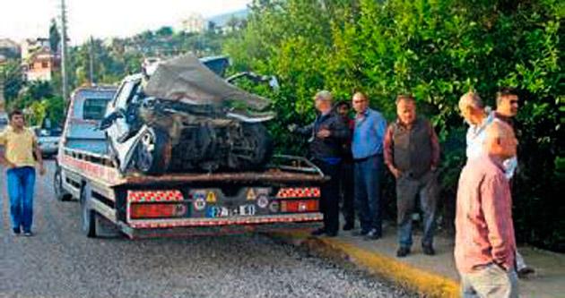 Finike Halaç'ta aşırı hız can aldı
