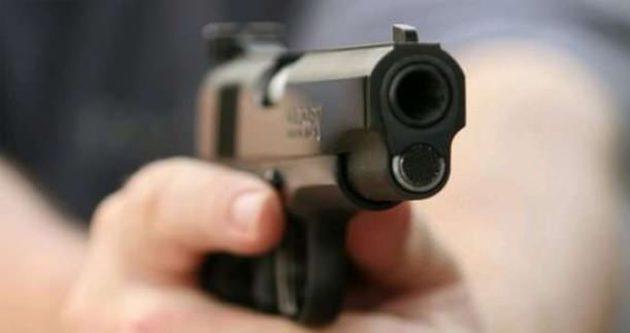 Ukrayna'da milletvekili adayı silahlı saldırıya uğradı