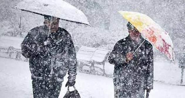 Kar yağışı Türkiye'ye doğru ilerliyor