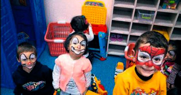 Çocuklar okulda çok mutlu oluyor