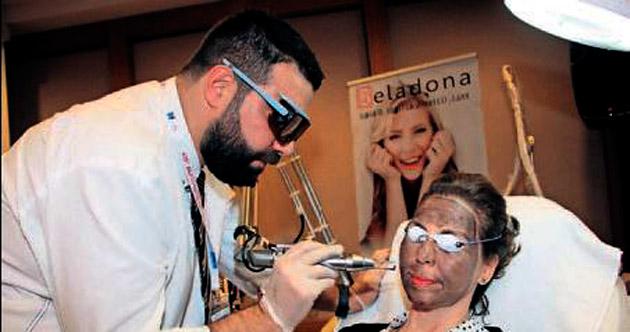 Dermatoloji Kongresi'nde 5 yaş birden gençleşti