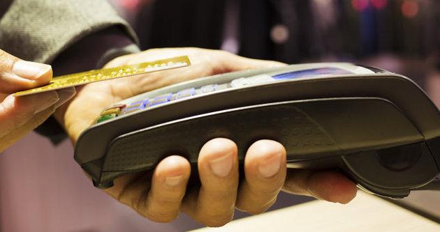 Taksitli kredi kartı harcamaları azaldı