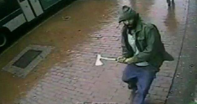 ABD'de polisleri yaralayan baltalı saldırgan öldürüldü