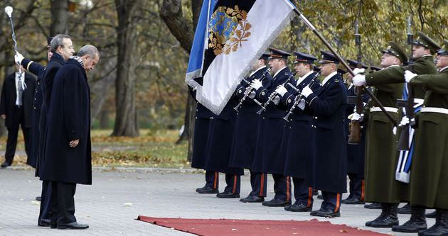 Erdoğan Estonya'da resmi törenle karşılandı