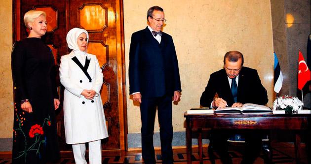 Türkiye'den 150 peşmerge bin 300 ÖSO'lu geçecek